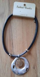Ketting metalen hanger met beigekleurige steen lood & nikkel vrij