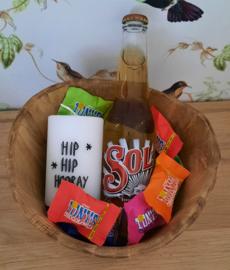 Mangoschaal 'hip hip hooray'