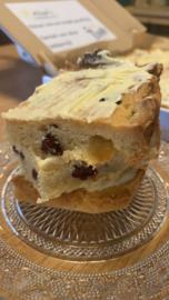 Voor jou! T-café Boterkoek cranberry met witte chocolade