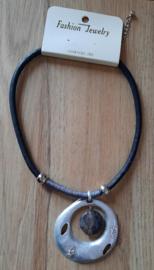 Ketting metalen hanger met grijskleurige steen lood & nikkel vrij