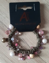 Kralen armband metaal roze