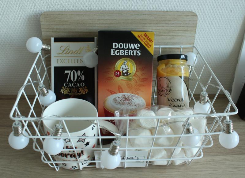 Feestpakket   t.w.v. €25,-