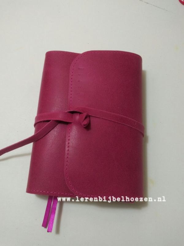 Diep roze met omslag