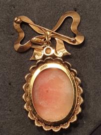 Antiek  oude kleur gouden camee hanger-broche 13 gram 6 cm nieuwstaat