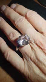 Edelstaal damesring facet geslepen steen roze  maat 17,5 nieuw