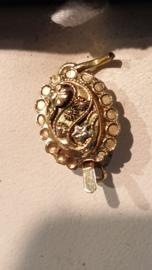 Antiek gouden S sluiting  13 / 10 mm