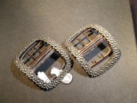 kleinere (schoen) gespen zilver met metalen binnenwerk
