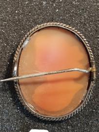 Zilveren camee broche  3.5 bij 3 cm