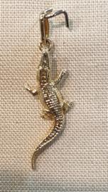 Gouden bedel krokodil 22 bij 9 mm 1.4 gram