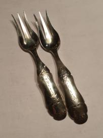 2x vorkje Johannes Wilhelm Tarnes 1874 22 gram 12 cm