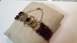 Antiek gouden armband met 4 rijen glasgranaat 4 bij 2.5 cm  20 cm