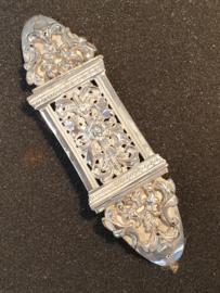 Antieke Bijbel sloten en Krap armbanden