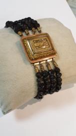 Antiek gouden armband met 4 rijen granaat 3 bij 2.5 cm 1cm hoog