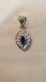 Gouden Hanger met wit en blauw saffier 14/10 mm 1.8 gram