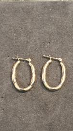 Ovale gouden creolen wit en geel 20 mm bij 11 mmm bij 2mm 1.8 gram