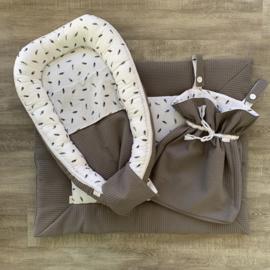 Voordeelset boxkleed, boxzak, babynestje & deken