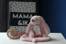 & Ik + Chewie basic rattle mini + happy horse rabbit richie tuttle