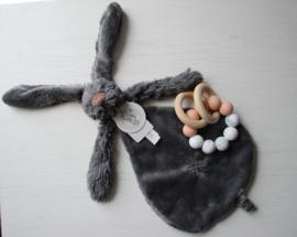 Chewie basic rattle mini + happy horse rabbit richie tuttle