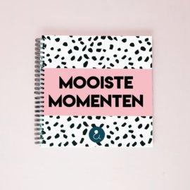 Mooiste Momenten boek - roze
