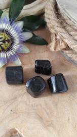 Zwarte Toermalijn trommelsteen  20-30 gram