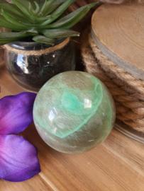 Groene Maansteen bol +/- 53mm (nr 2)