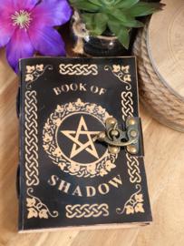 """Notitieboek """"Book of Schadow"""" met slotje"""