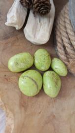 Groene opaal geslepen steen 20-30 gram