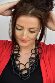 AnZZ necklace black multi ring rubber chain