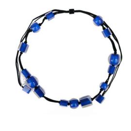 ZSISKA ketting kobaltblauw, lang verstelbaar. Ball's & Cubes.