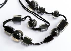 ZSISKA ketting zwart lang Cubes & Balls
