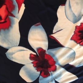 STELLA MORGAN zomerjurkje in navy rood witte grote bloemprint.  Style IBIZA