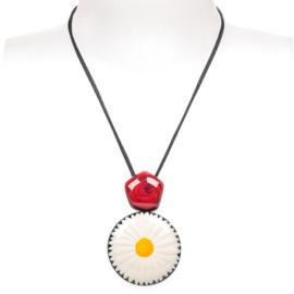 ZSISKA ketting wit pendant madelief FRIDA Kahlo.