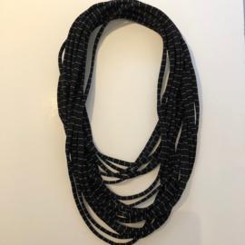 BORIS t-shirt sjaal - ketting zwart/wit streepje