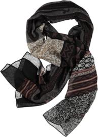 Sjaal mix donkere kleuren met offwhite in een artistieke print. 80 x180cm