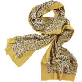 Wintersjaal tijgerprint, oker beige en mokkabruin. Brushed flannel, 75 x 180 cm.