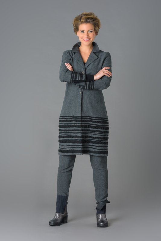 ELSEWHERE blazer with border stripe.. Knitted Style 3141
