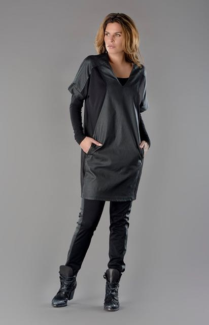 ELSEWHERE tunic / dress, punto jersey & coated fabric. SIZE S -STYLE 2704