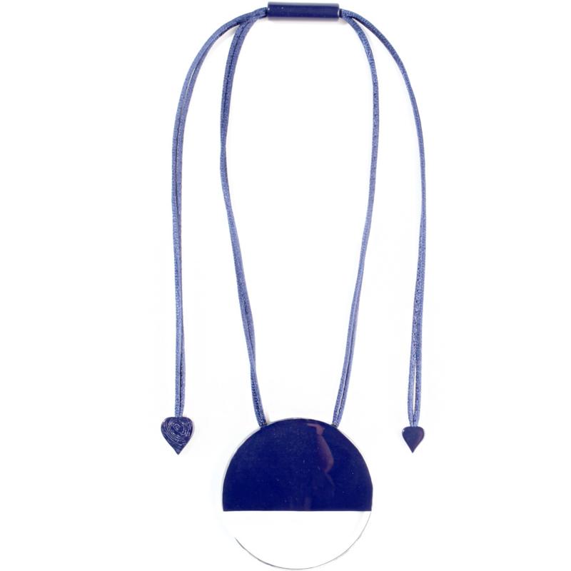 ZSISKA ketting blauw marine transparant pendant. CUT OUT.