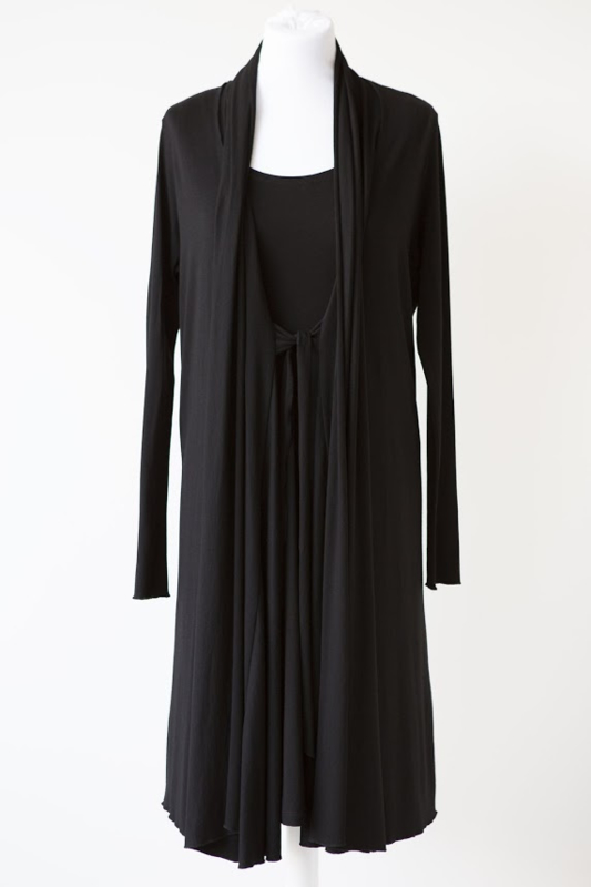LEEZZA zwart jersey lang vest viscose elastan.  Style KIM