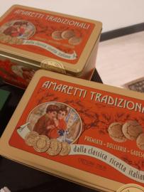Amaretti, italiaanse amandel koekjes