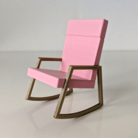 Chair Nina