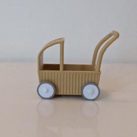 Rotan kinderwagentje