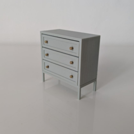 Dresser I