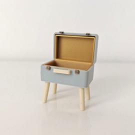 Koffer (op pootjes)
