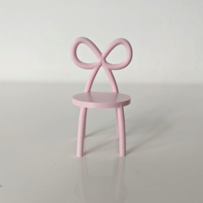 Bow chair
