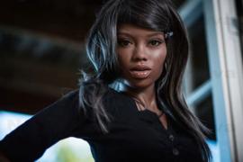 (168 cm) Naomi