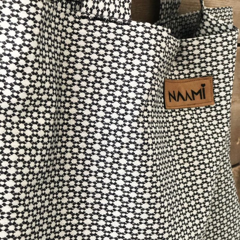 'Black and white': The mom bag