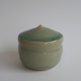 Mini urn jade groen