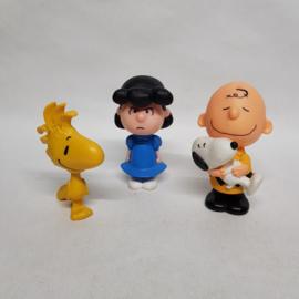 Mac.Donalds 3 poppetjes met Snoopy erbij