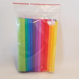 13 lapjes stof Rainbow Bright